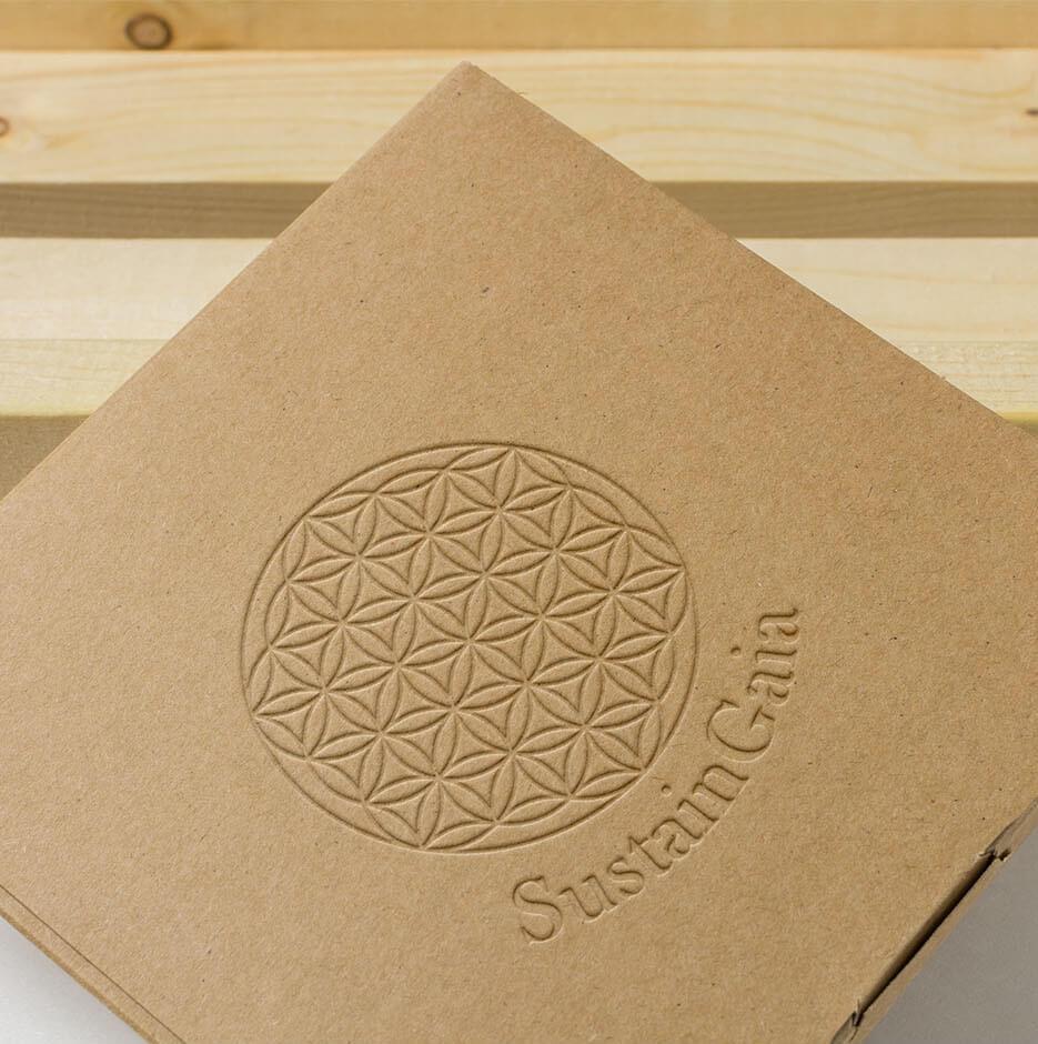 https://zanandcocreative.com.au/wp-content/uploads/2020/01/Sunstain-Gaia-Box-1.jpg